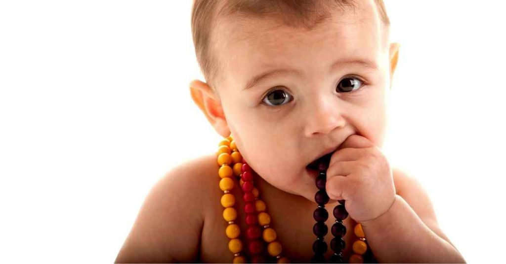 Teething Necklaces Are One Of The Most Dangerous Baby Products